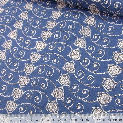 Tecido Lese Bordada Formas REF 12 - Cor Mescla Azul Claro - 100% Algodão - Largura 1,35m