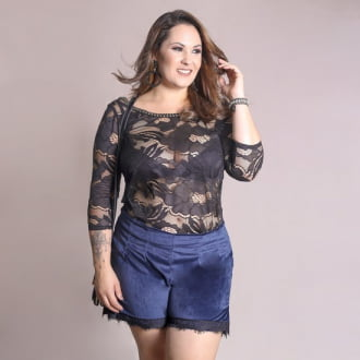 Short Veludo com Renda