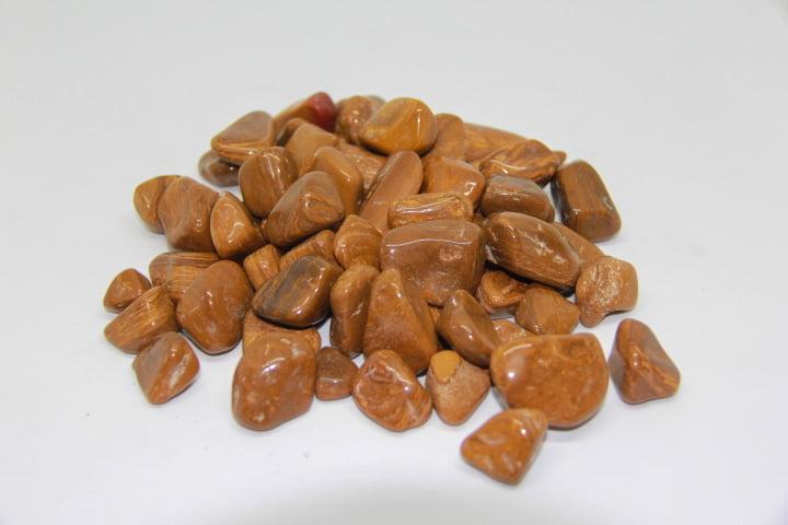 Pacote de Pedra Jaspe Dourado 1Kg - Helena Cristais