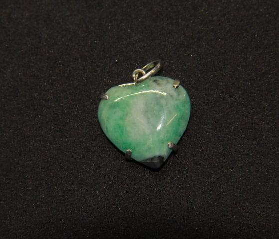 Pingente Coração de Pedra Esmeralda - Helena Cristais