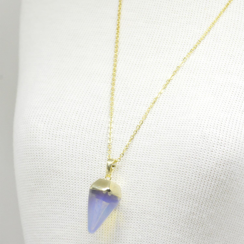Colar Opalina Pedra da Lua Ponta com Corrente Dourada – 5920