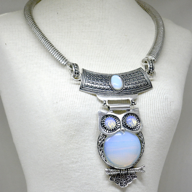 Colar de Opalina Pedra da Lua Coruja Prateada – 6040