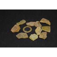 Pedra Âmbar Bruta 1x3cm 2651
