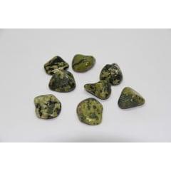 Pedra Jade Nefrita Rolada 2 a 3 cm - Helena Cristais