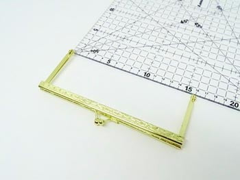 Fecho da Vovó para Bolsas Quadrado com Furo 16cm Dourado