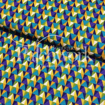 Tecido Digital Triangulos Coloridos