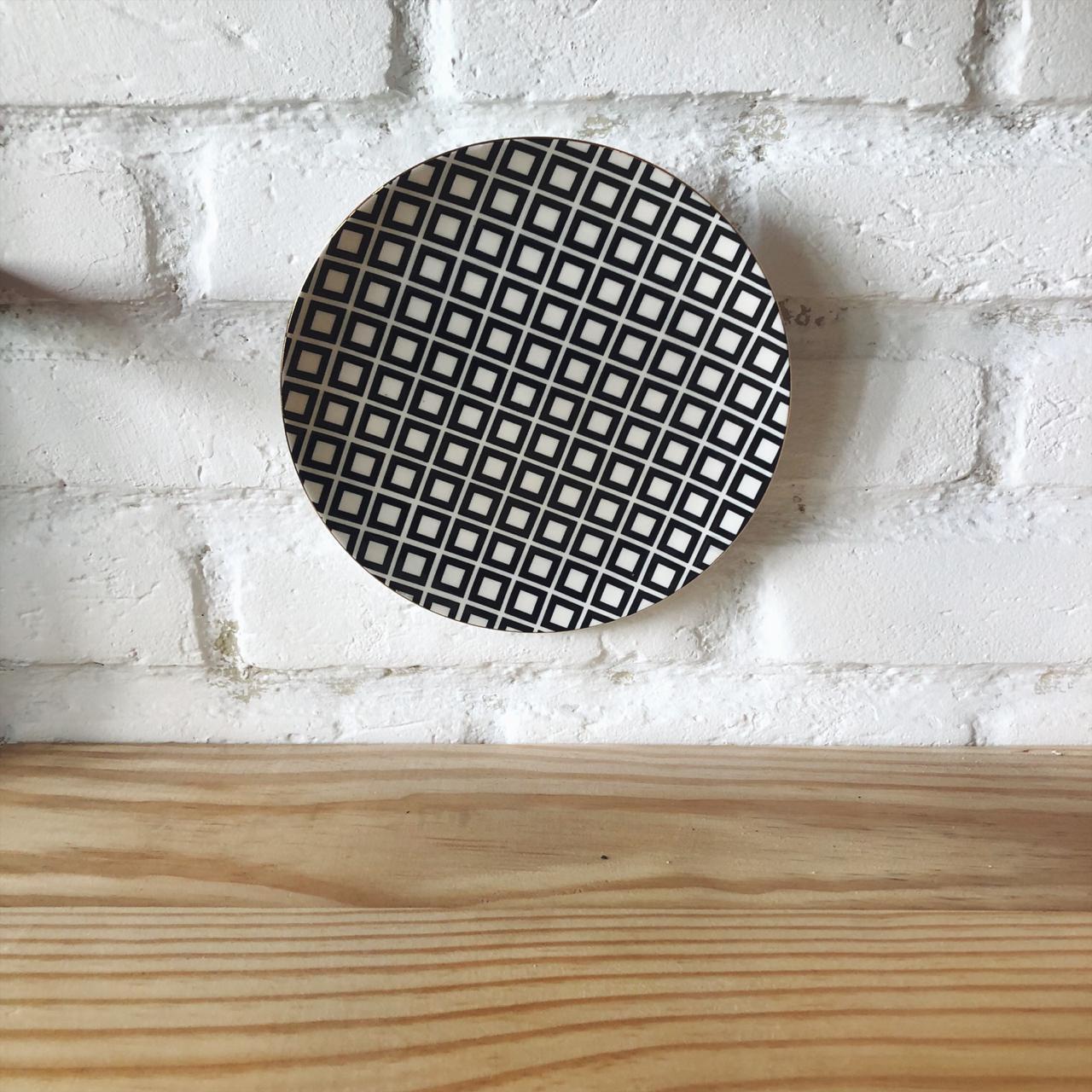 prato parede preto e branco