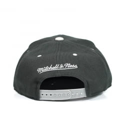Boné Brooklyn Nets Mitchell And Ness Snapback Preto