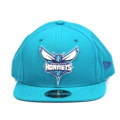 Boné Charlotte Hornets New Era Snapback Azul Claro
