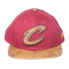 Bone Cleveland Cavaliers New Era 9fifty strapback vermelho