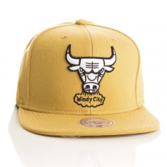 Bone Chicago Bulls Mitchell and Ness logo branco