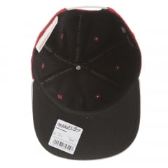 Bone Chicago Bulls Mitchell and Ness vermelho snapback