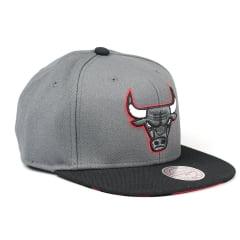 Bone Chicago Bulls Mitchell and Ness visor snapback