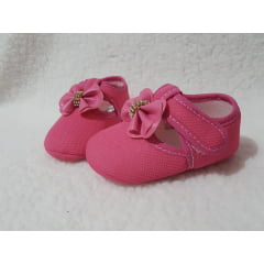 Sapatinho pink laço