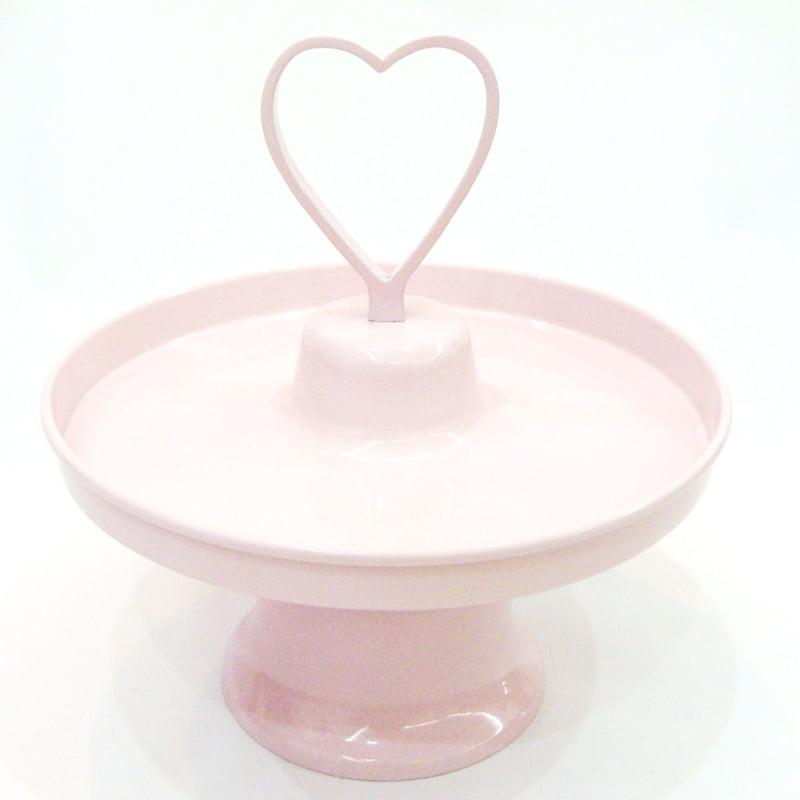 Prato de doces coração rosa