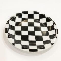 Prato sobremesa quadriculado preto e branco