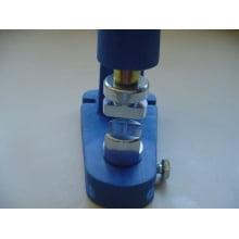Matriz para Fixação de Terminal de cordão para crachá 15mm