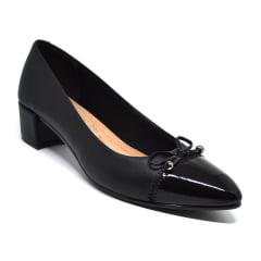 Sapato Scarpin Bico Fino Salto Grosso Baixo Beira Rio 4222