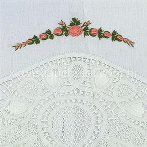 Toalha Renda Renascença Rococó Flor Rosa