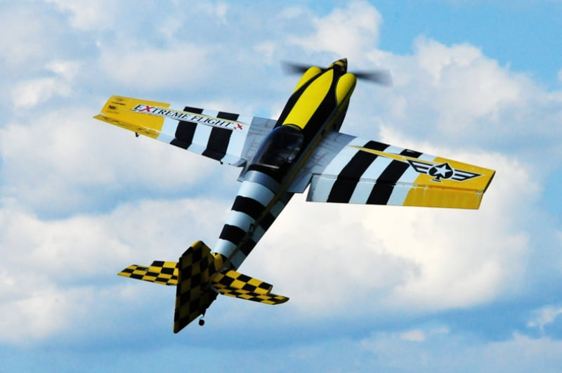 "Aeromodelo Extreme Flight 104""  MXS-EXP Heavy Metal Scheme"