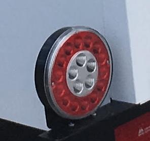 Lanterna LED para reboques e carretinhas