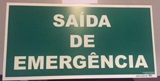 Placa Sinalização Saída Emergência S17 - Tamanho: 30x60 cm Super Placas