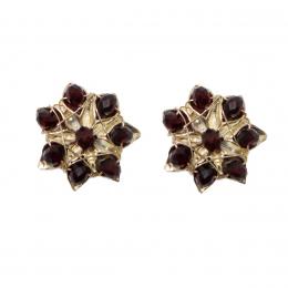 Brinco pequeno semi joias com cristais em formato de flor.