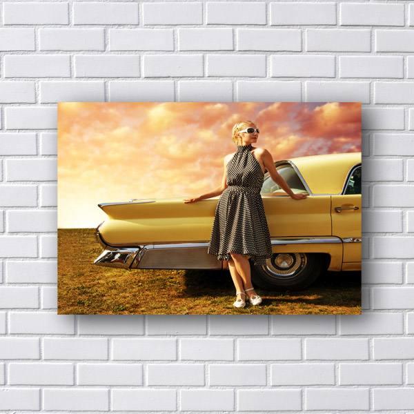 Quadro Decorativo Carro e Mulher Vintage
