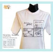 Camiseta com Desenho de Barriguinha de Gato