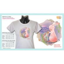 Camiseta com Desenho Mamãe de Coelho