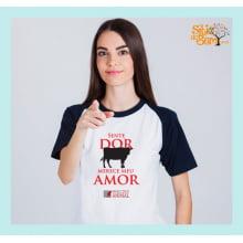Camiseta Desenho Vegano | Sente Dor Merece Meu Amor Vaquinha