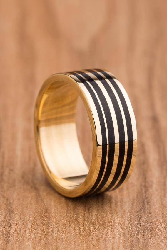 Aliança de casamento em ouro 18K 750 e madeira  Simetria - Valor Unitário