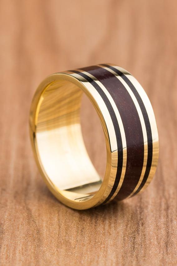 Aliança de casamento em ouro 18K 750 e madeira  Brasilís - Valor Unitário