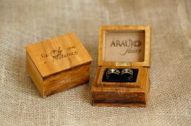 Aliança de Ouro e Madeira Ananda AM 049 com 10 gramas a unidade
