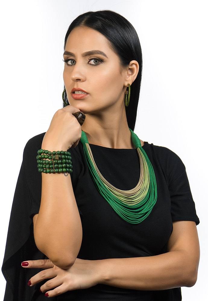 Colar Hanói em algodão 35 fios médio Verde