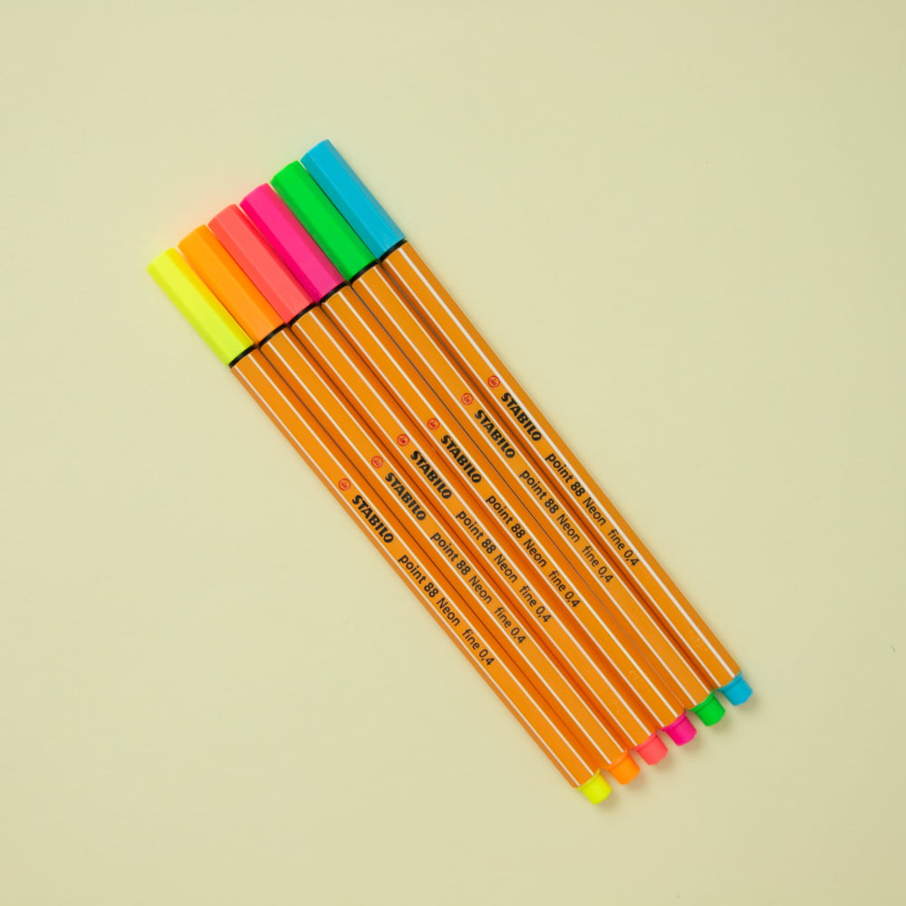 Kit Stabilo Neon 0.4mm