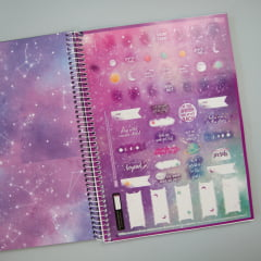 CADERNO UNIVERSITÁRIO MAGIC - Stay Wild Moon child