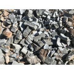 Retalho de pedra sabão .