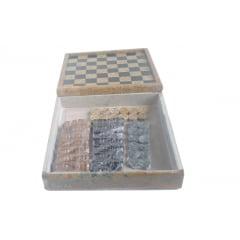 Tabuleiro De Xadrez com porta peças todo De pedra sabão