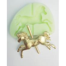 Molde de Silicone em formato de Cavalo/Carrossel. Ideal para utilizar com Pasta Americana.