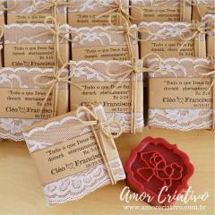 Lembrancinhas de Casamento Rustico - Noivinhos Apaixonados