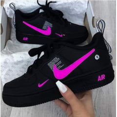 Tênis Nike Air Force 1 TM Preto Pink
