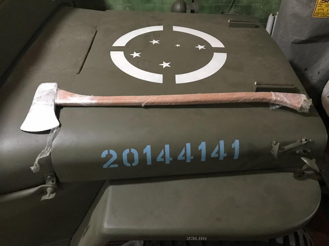 Machado para viaturas militares, encaixa em jeeps MB e GPW